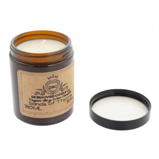 De Beauvoir Sands of Thyme scented vegan candle on a white background