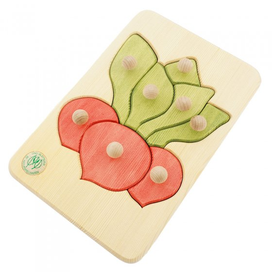 Drei Blätter sustainably sourced natural wood radish puzzle on a white background