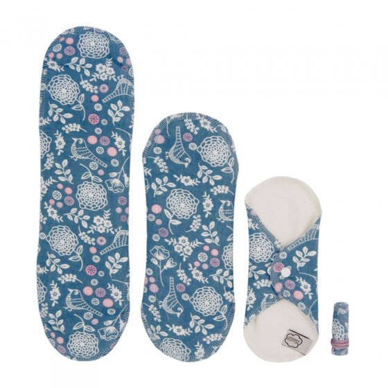Imse Cloth Pad Starter Kit + Tampon - ImseVimse Garden, 3 sizes of pad and tampon in blue Garden print