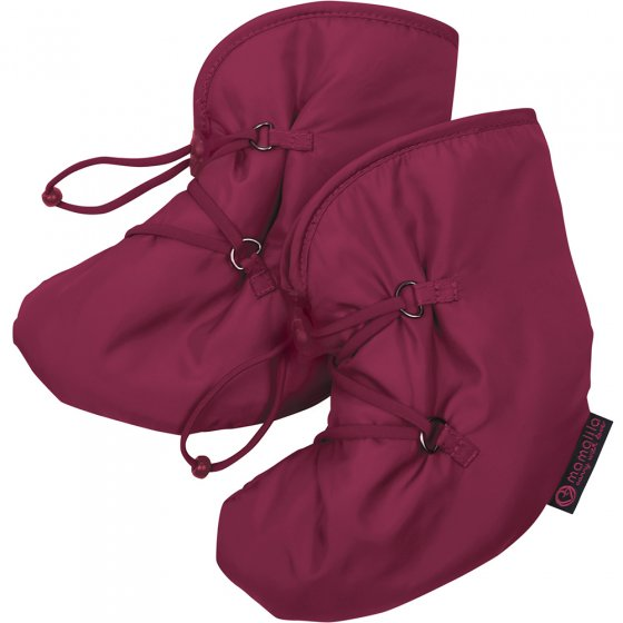 Mamalila Quilted Berlin Booties in Berry. Deep pink. warm padded snow booties for babywearing on a white background