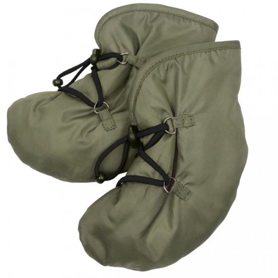 Mamalila Quilted Booties in Khaki Berlin. Warm, padded babywearing booties for babies on a white background
