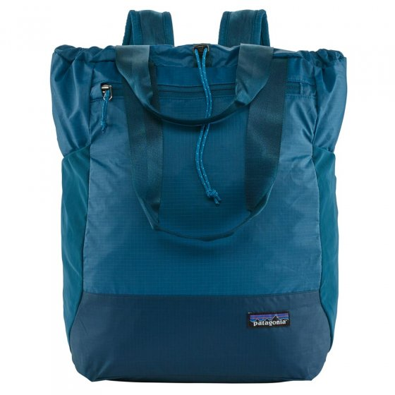 Picture of Patagonia Arbor classic bag in blue. Picture has a white background.
