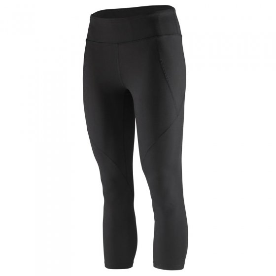 Picture of the black cropped leggings from a side view. The picture has a white background.