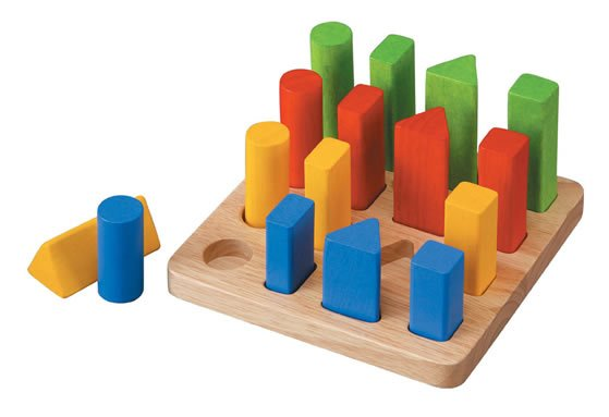 Plan Toys Geometric Peg Board