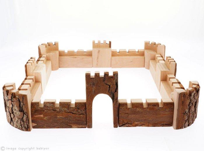 Magic Wood Tall Castle Walls - 16 Pieces