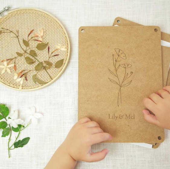 Lily and Mel Pressed Flower Art kit